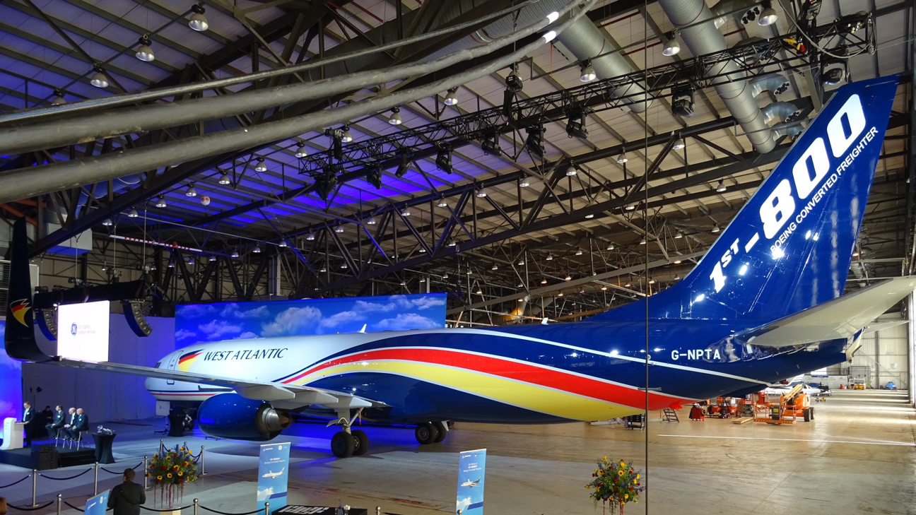 West Atlantic AB (publ) takes delivery of first B737-800BCF